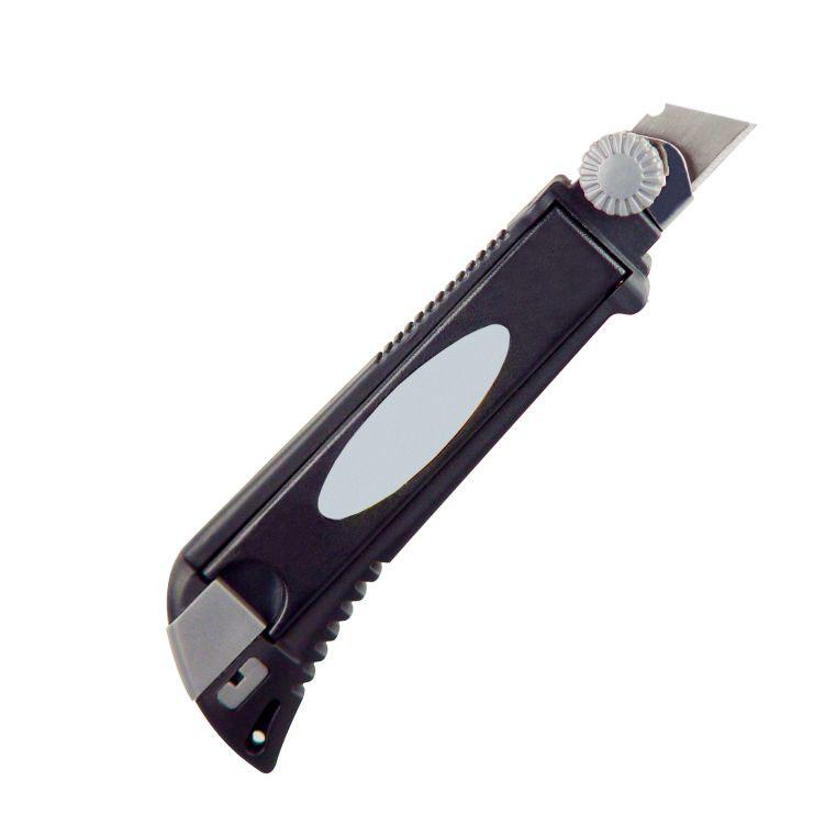 Cutter profesional cu 4 lame, design CrisMa.  | 8900503