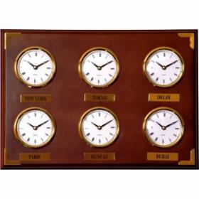 Ceas din lemn multiorar, sase capitale;F8328