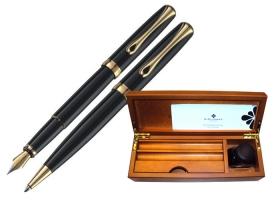 Set Diplomat (pix + stilou), negru cu accesorii placate cu aur 14 k.;10520662